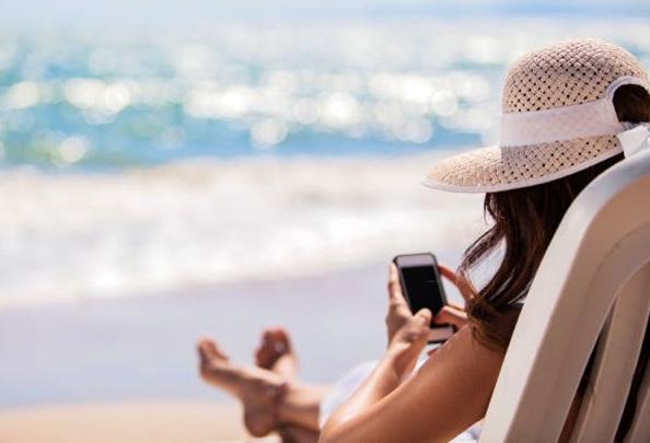 Smartphone of tablet mee op vakantie